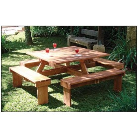 Table et bancs de picnic carrée en bois dur 210x210cm